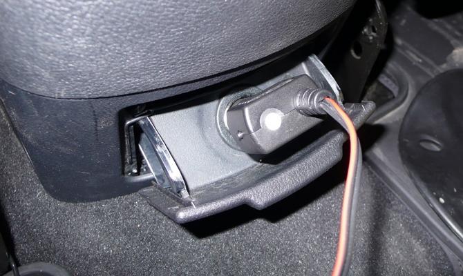 Подключение провода обогревателя в разъем прикуривателя