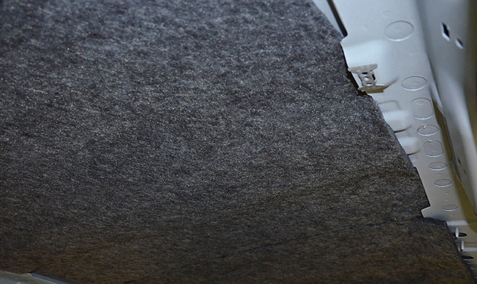 Крепление войлочной шумоизоляции