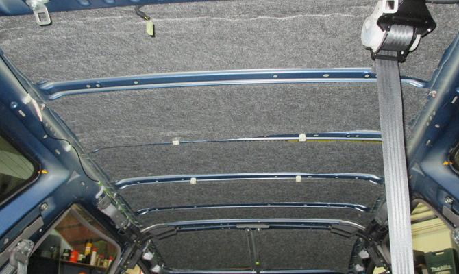 Монтаж войлока на потолок авто