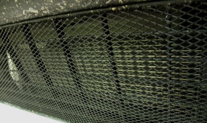 Мелкоячеистая сетка для тюнинга