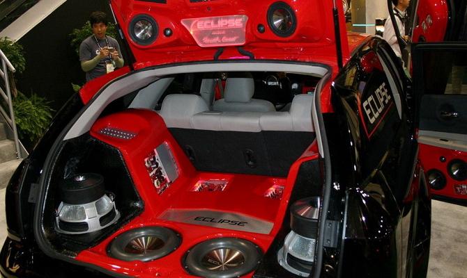 Аудиосистема в автомобиль