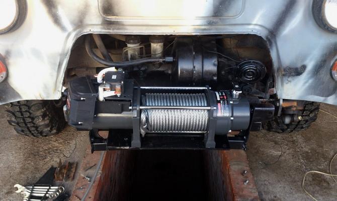 Стационарное электрическое устройство для буксировки авто