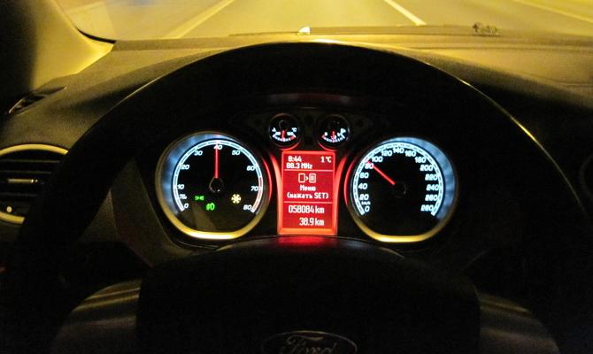 Улучшение подсветки приборного щитка в салоне авто