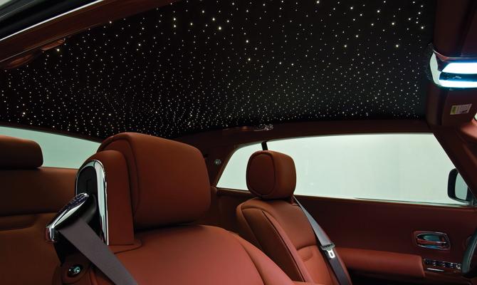Светодиоды в салоне – превращаем потолок в звездное небо