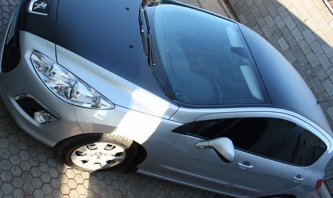 Карбон на элементы кузова машины – когда контраст только на пользу