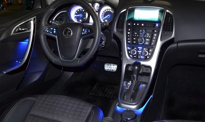 Освещение салона – бюджетные авто тоже достойны лучшего