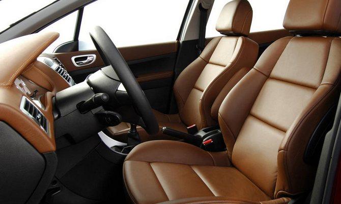 Замена материала на сиденьях –комфорт для повседневного вождения