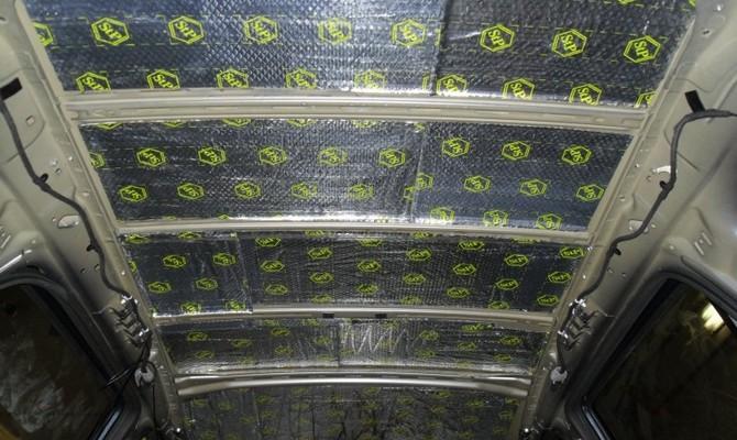 Замена шумоизоляции в салоне микроавтобуса