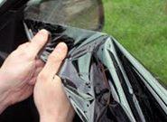 Как снять тонировку – результативная очистка стекол и фар авто