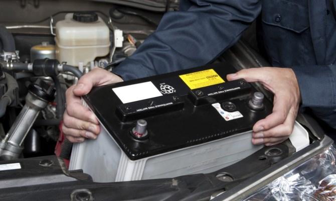 Разряженную батарею можно зарядить до рабочего напряжения и продолжать использовать