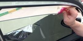 Снять тонировку со стекла самостоятельно – основные способы и трудные случаи