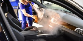 Химчистка салона автомобиля своими руками: средства и правила их использования
