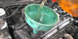 Нужно ли промывать двигатель при замене масла и как правильно это делать?