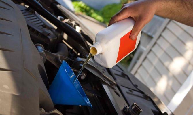 Лучший способ промывки ДВС, но и самый дорогой – промывка моторным маслом