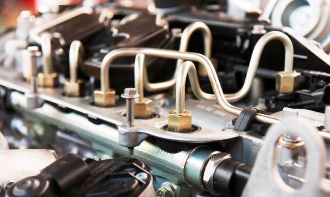 Чаще всего для очистки используют популярный американский очиститель марки Hi-Gear