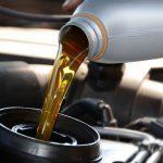 Объем масла в двигателе – сколько заливать при замене?