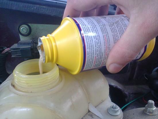 Герметик для радиатора – как заделать течь в системе охлаждения?