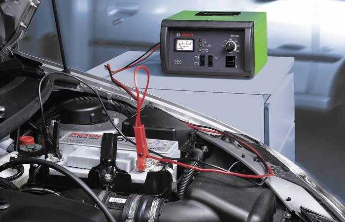 Зарядка аккумулятора автомобиля – как восстановить нормальное состояние разряженной батареи